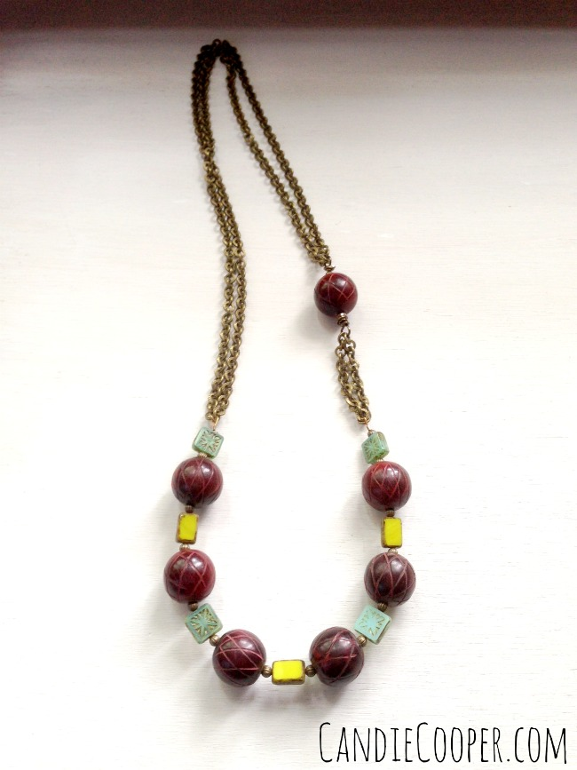 How to Make a Bead and Chain Necklace