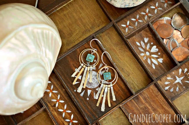How to make earrings from Candie Cooper with Beadalon Artistic Wire
