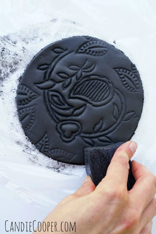 ACTIVA PRODUCTS Boho Pottery with black Plus clay--stamp the edges to add texture