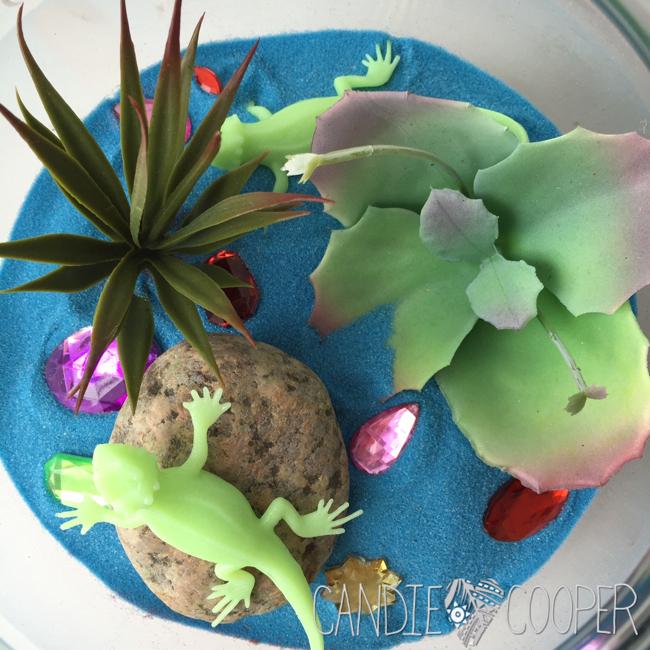 ACTIVA Sand Art Terrarium Kids Craft Idea with glow in the dark creatures12