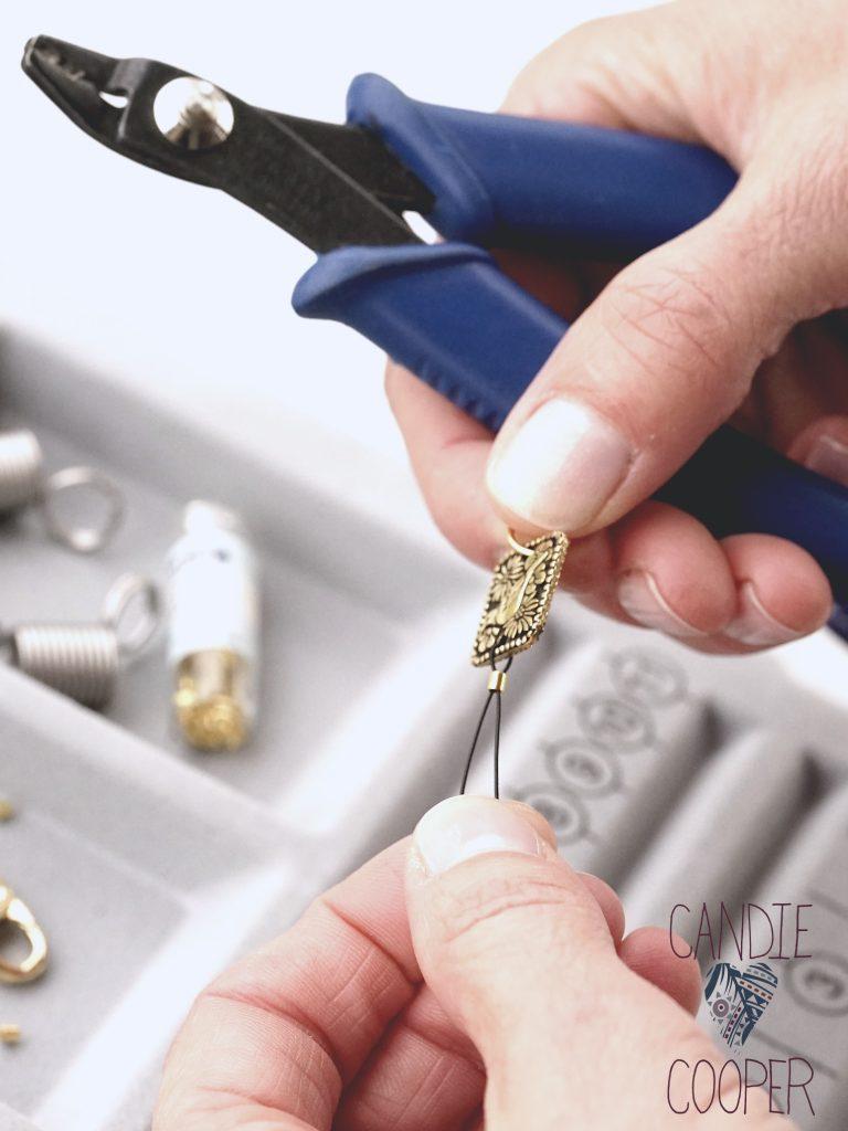 Crimp bead tutorial with clasp