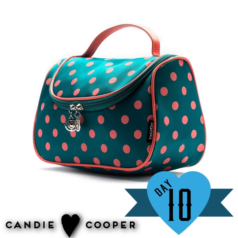 2018 12 Days of Giveaways with Candie Cooper